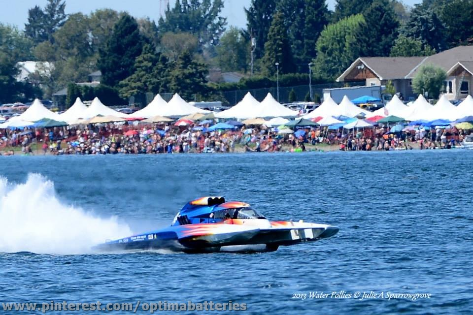 OPTIMA Sponsored Shockwave Hydroplane Runs Well at Kennewick