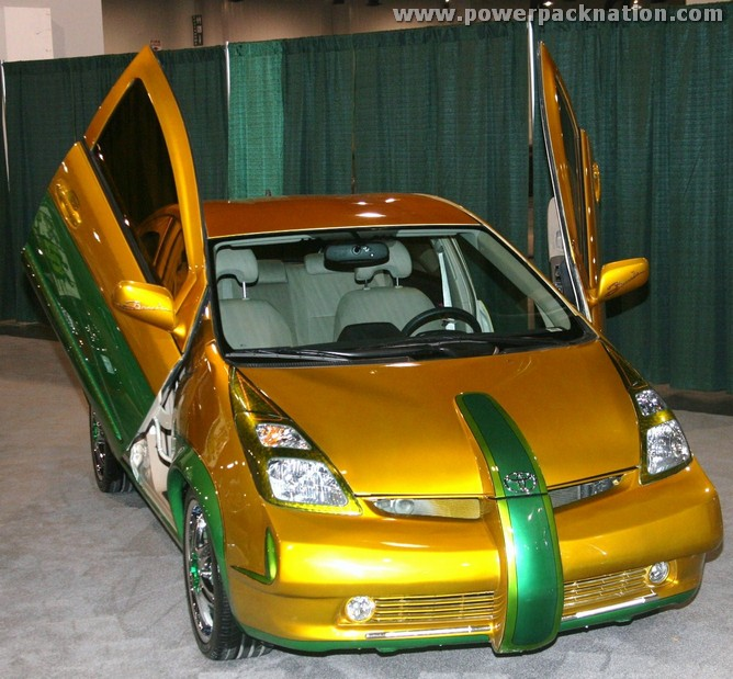 p-Toyota-Prius-OPTIMA-George-Barris.JPG