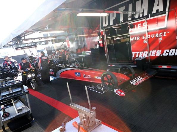 Stay Updated on OPTIMA & Kalitta Racing in the NHRA