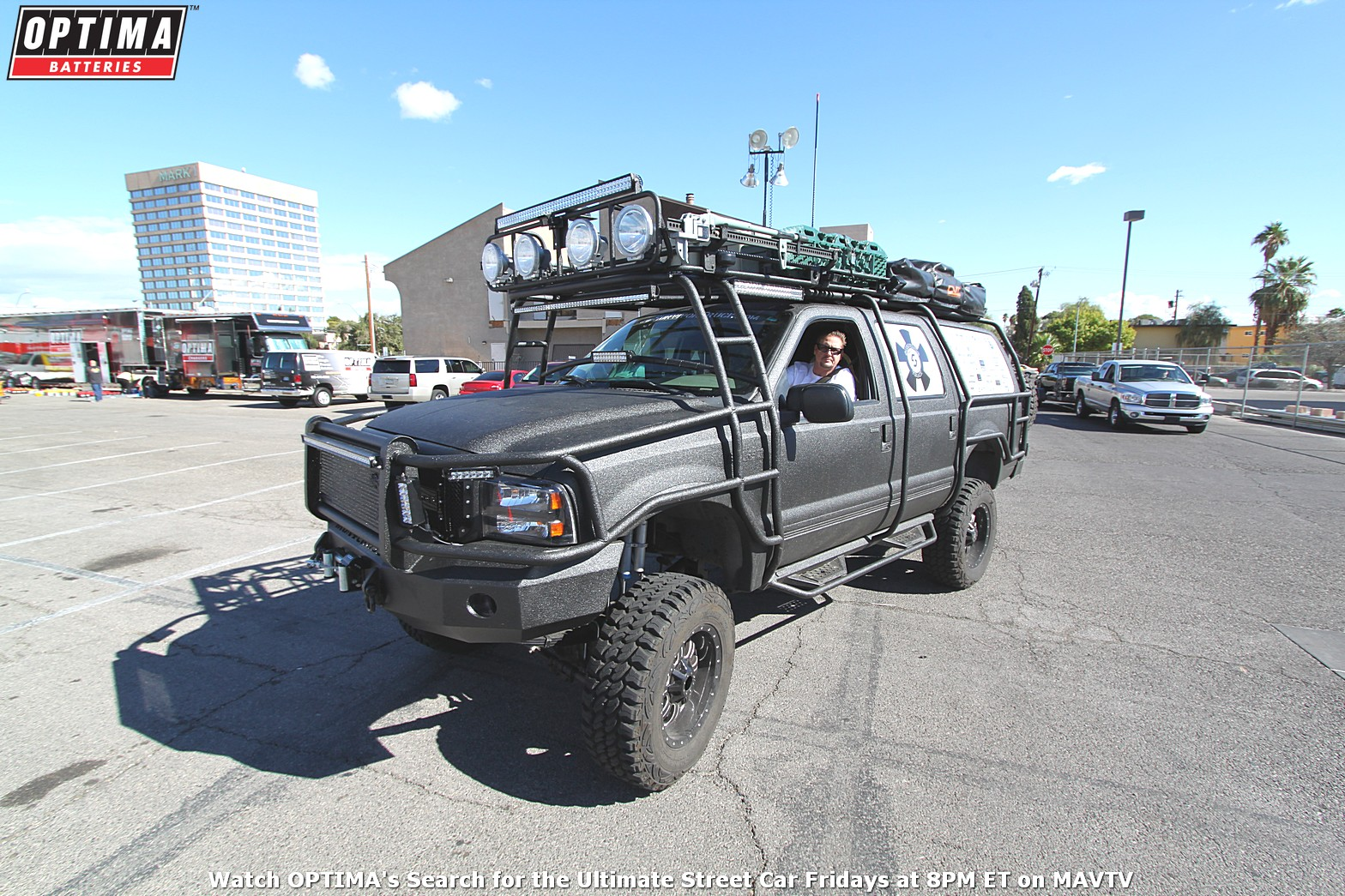 pi-Ford-Excursion-SEMA-Sunday-Load-In-2014_194.jpg