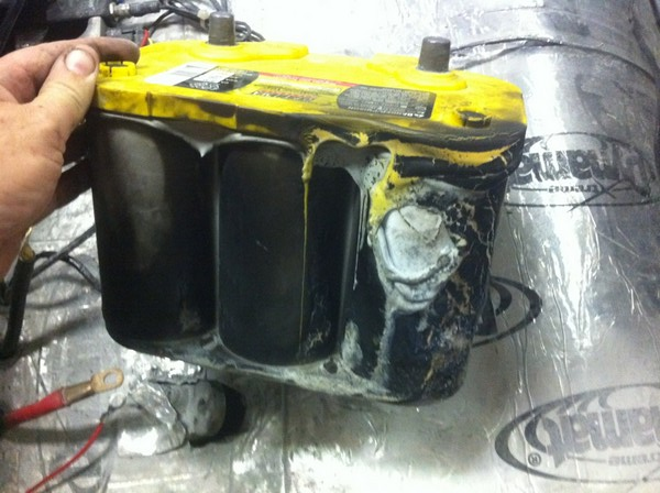 OPTIMA YELLOWTOP Survives Car Fire