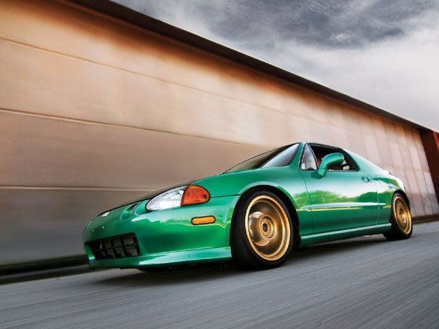 A Honda Del Sol that looks as good as it sounds as good as it runs!